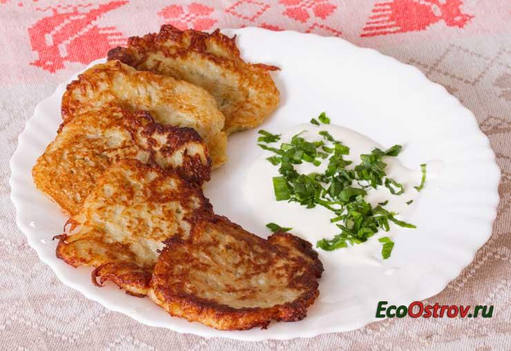 Простые вегетарианские рецепты из картофеля - драники картофельные