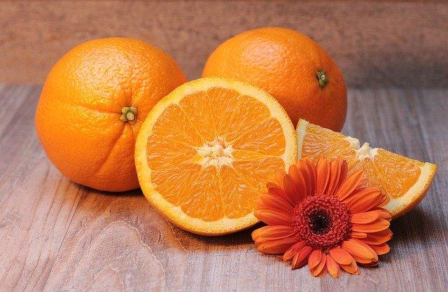 Экологические чистящие средства для дома - очиститель из цедры апельсина, лимона